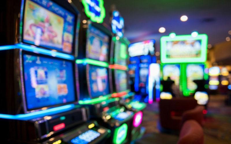 Keuntungan Bermain Game Slot Melalui Ponsel